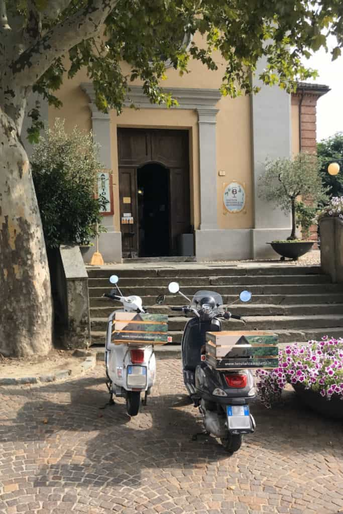 Vepas in front of Cantina Sociale Barbaresco